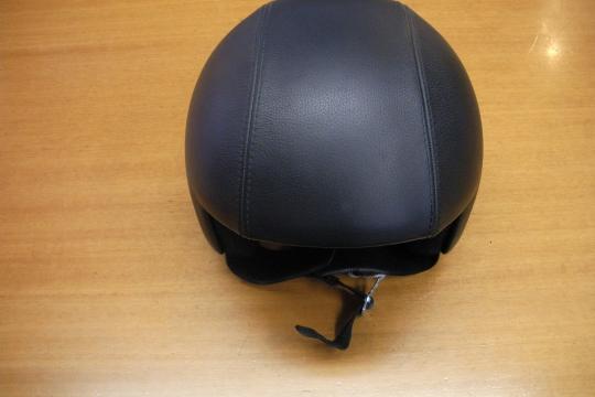 Accessori moto: OSBE jet nero opaco in pelle